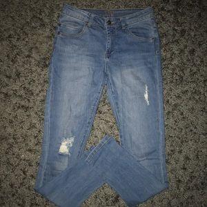 Liv-Delia's Jeans